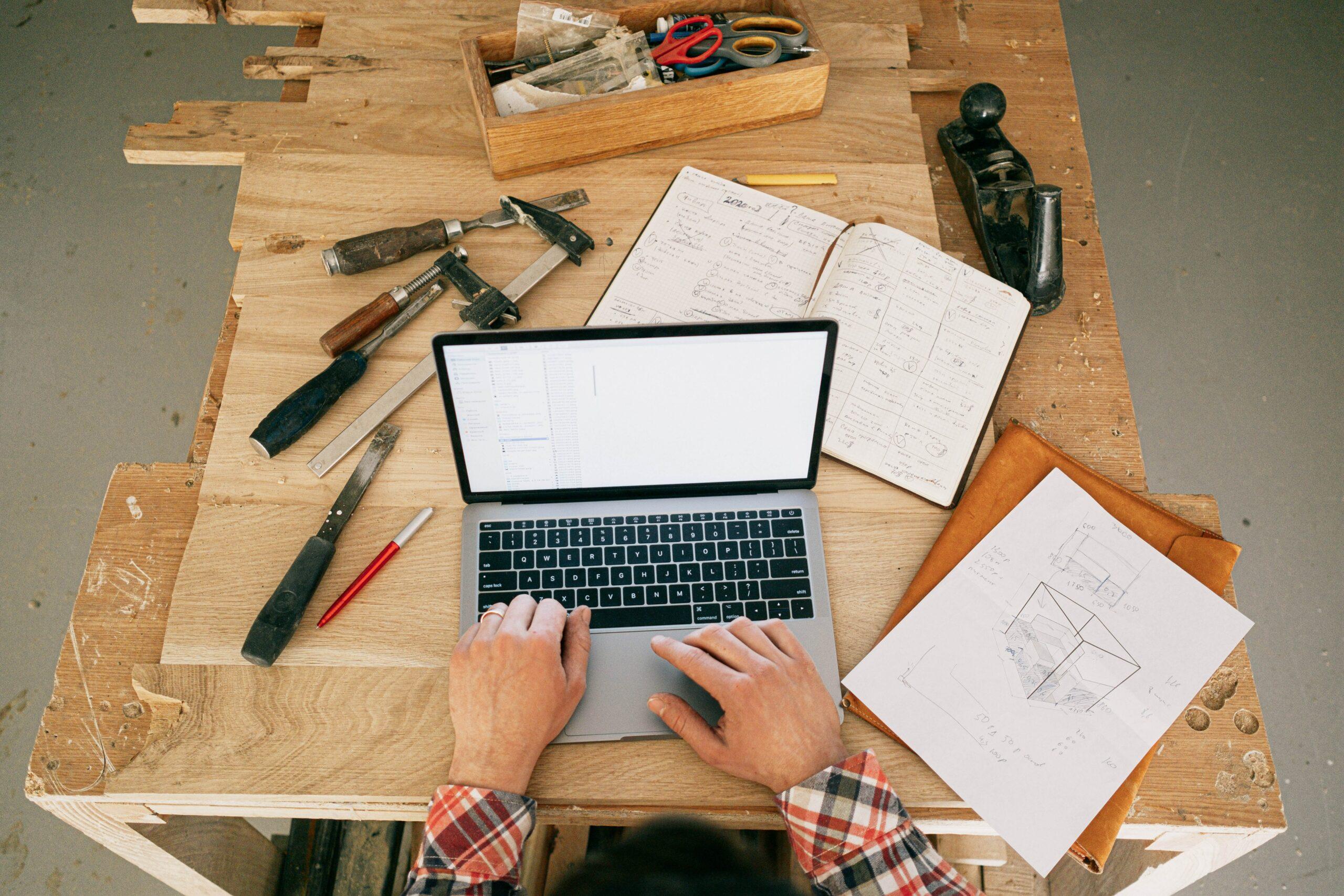 Jak zorganizować przestrzeń do Home office?
